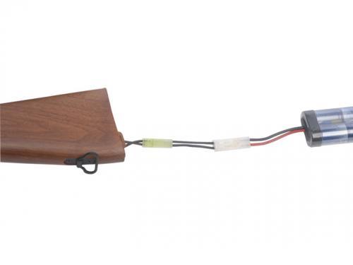 Adaptateur pour batterie équipée en grosse prise et chargeur équipé en petite prise
