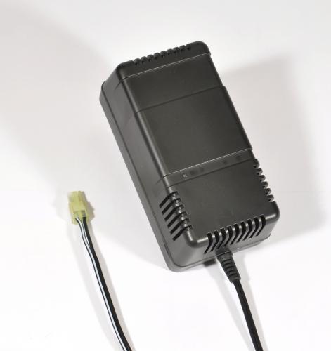 Chargeur batterie 1500mAh Auto 220 – 8,4/9,6V NiMh DeltaPeak/arrêt automatique